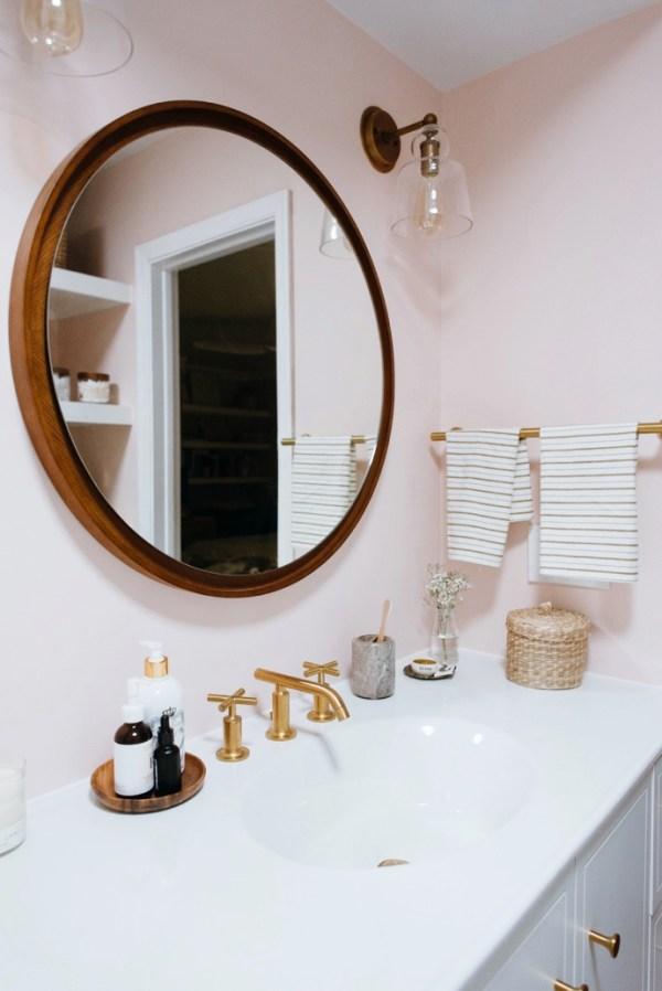 Caitlins-Dramatic-Kohler-Bathroom-Makeover