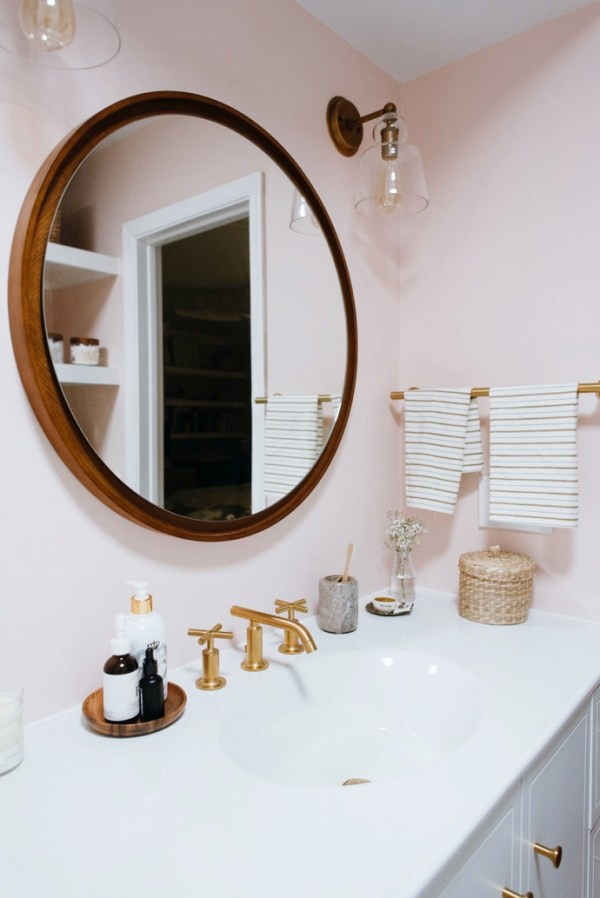 Caitlins-Dramatic-Kohler-Bathroom-Makeover