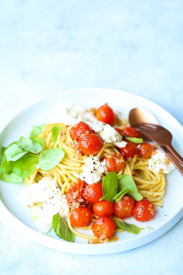 Summer Spaghetti with Tomatoes and Burrata