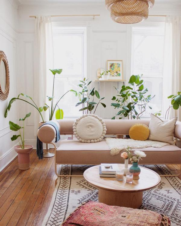 Decorating-With-Plants