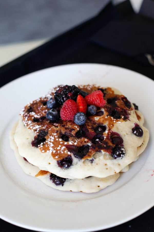 Blueberry Pancakes with Berries
