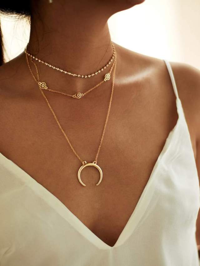 Shein Moon Pendant Choker Necklace Set