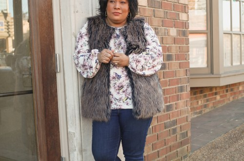 faux fur vest + skinny denim