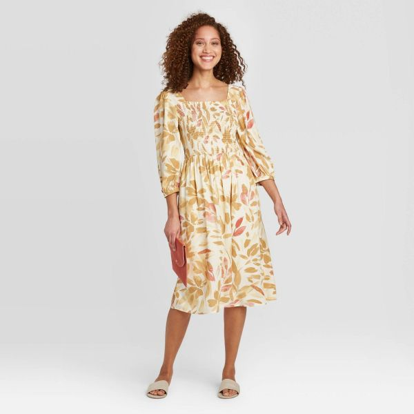 Floral Print 3-4 Sleeve Smocked Dress