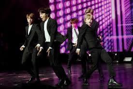 Review: BTS 'Burn the Stage' debuts
