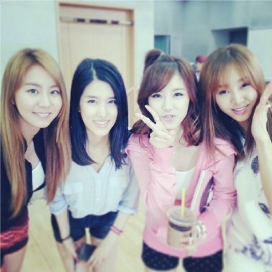 烋星:想起以前的五少女了 - Kpopn