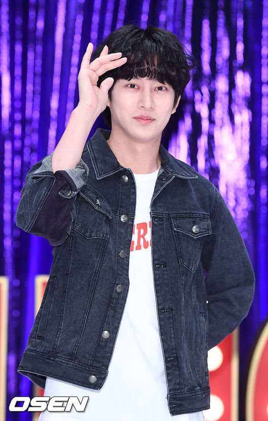 希澈:SJ 以前像家人,韓國 歌手,一陣狂罵:「4天前才上傳,第一個感覺是好少女,現在則像夫婦! - Kpopn