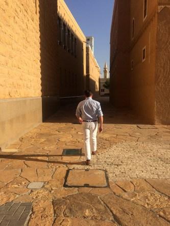 KRACHT_Hose_Maracaibo_Riad_Museum