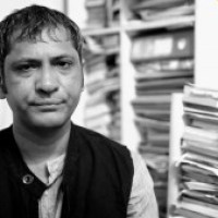 Indian Novelist writes an Open Letter to PM of Pakistan to release Poet and bloggers