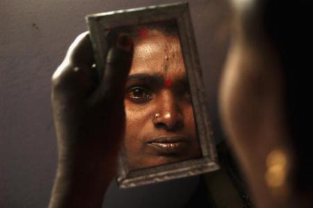India –  Woman's caste raises her...