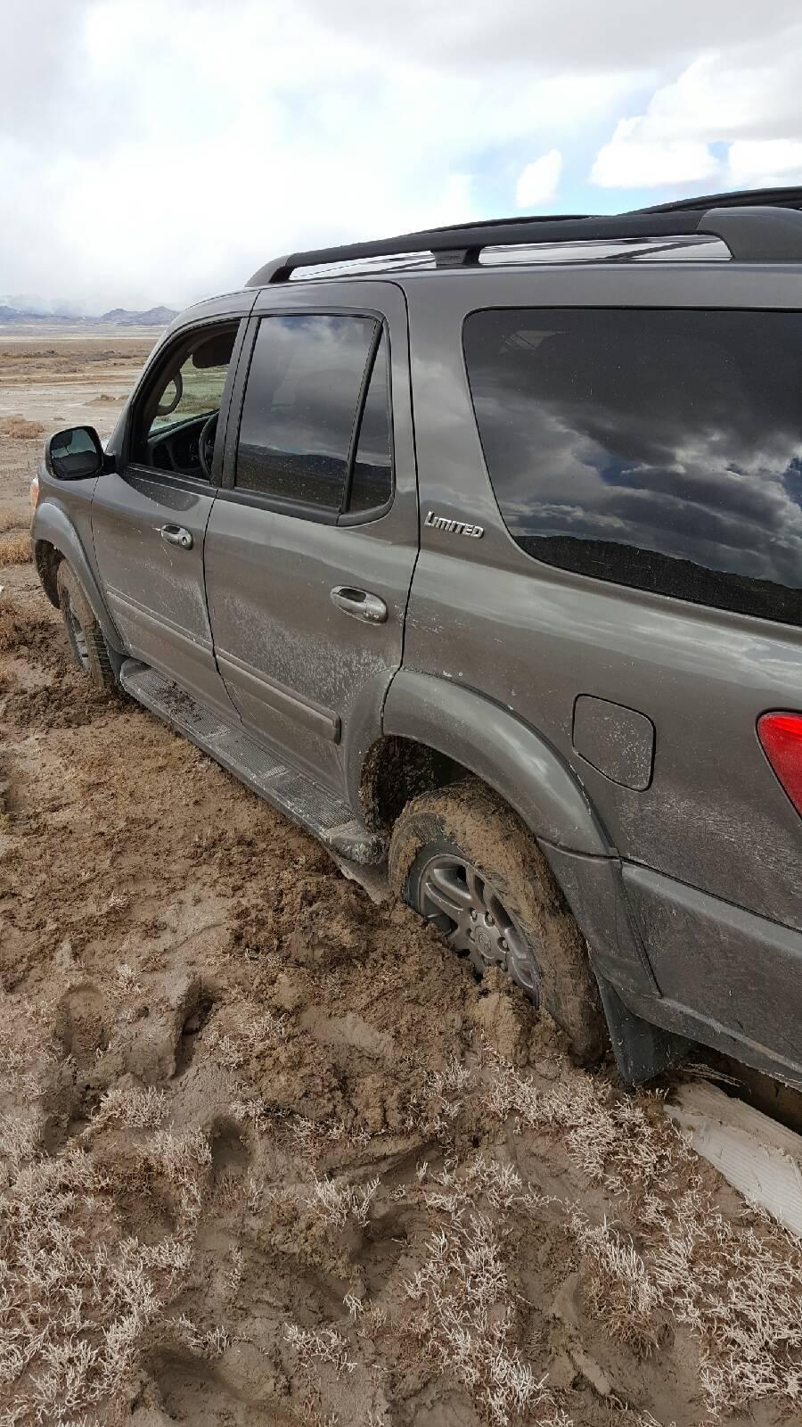 blue lake fishing mud
