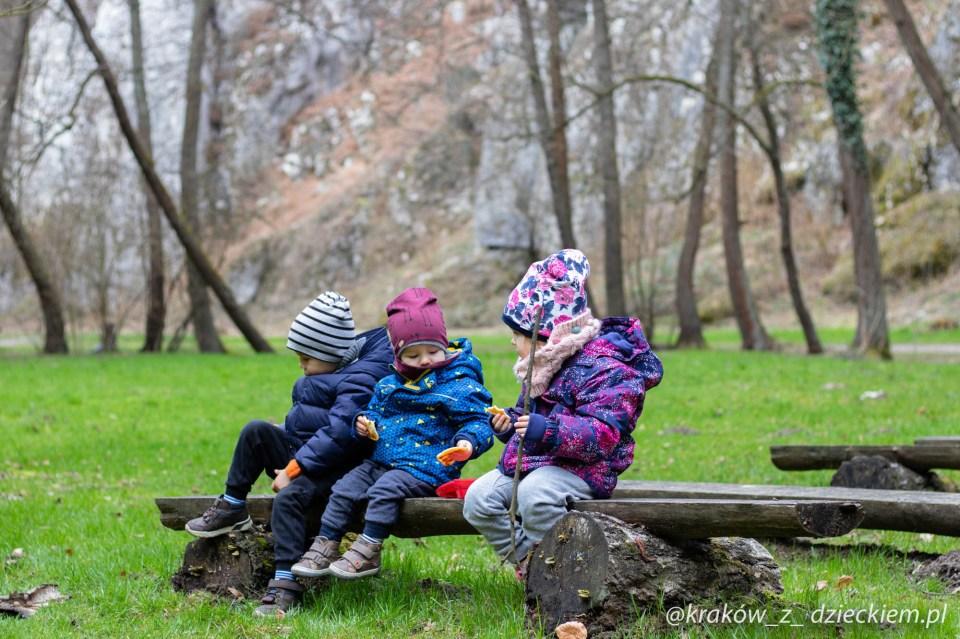 Dolina Mnikowska weekend poza Krakowem z dzieckiem