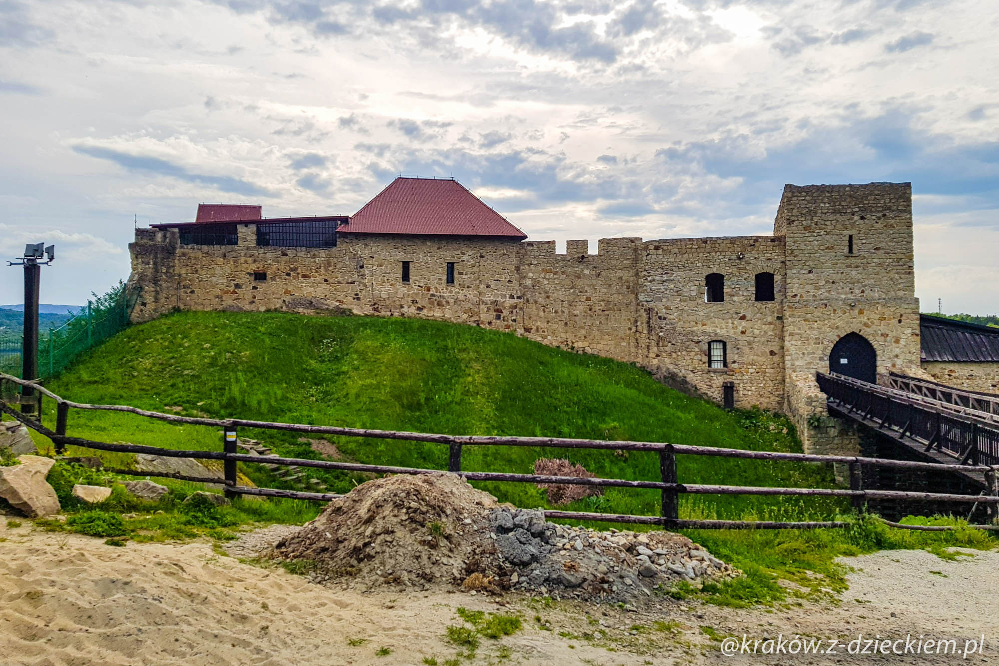 zamek w dobczycach