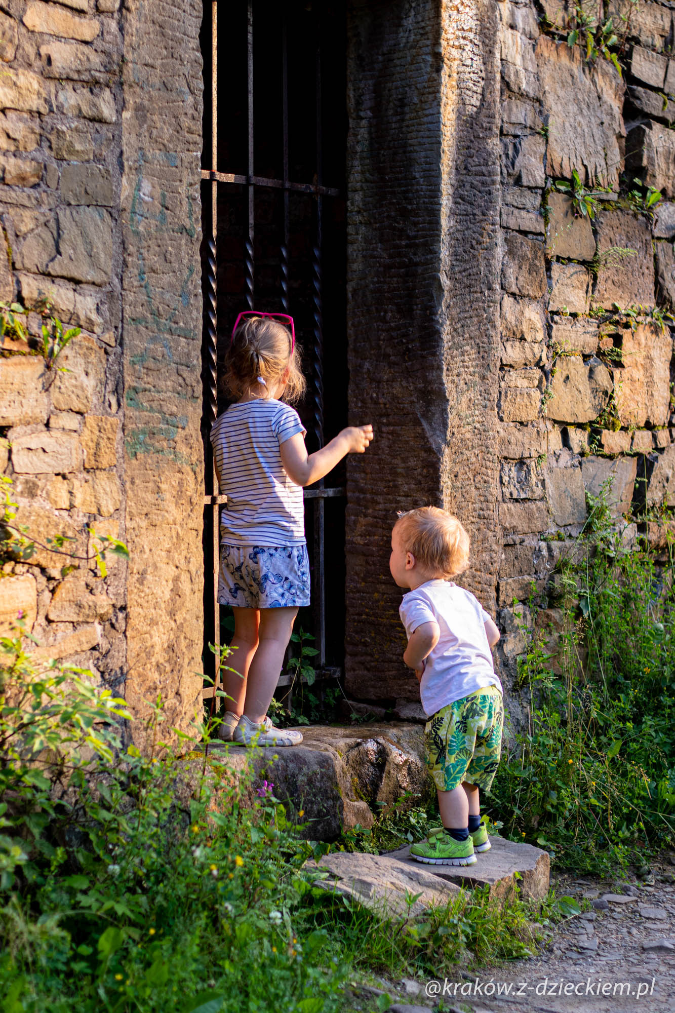 Lanckorona z dziećmi, ruiny zamku
