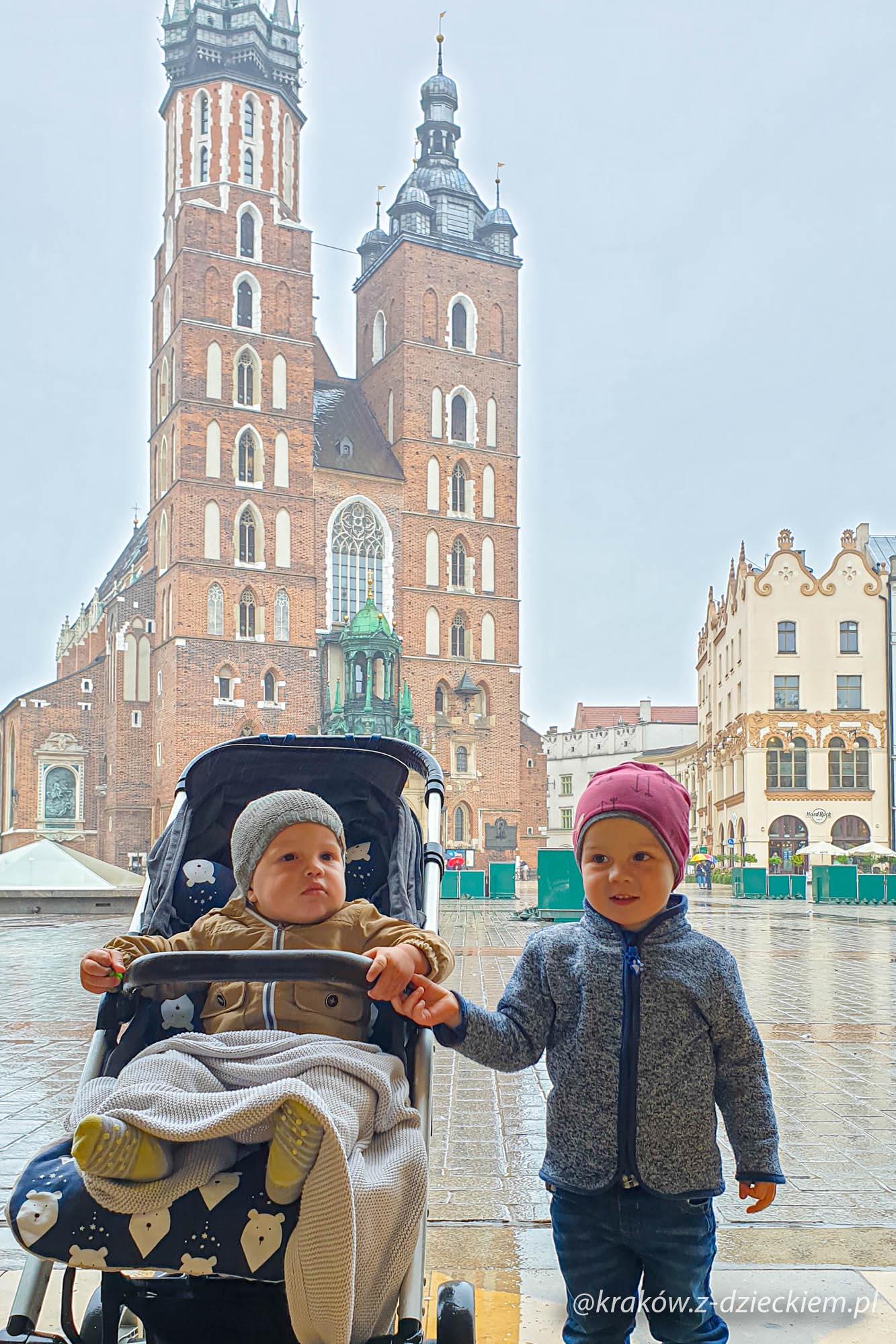 Podziemia rynku w Krakowie z dzieckiem