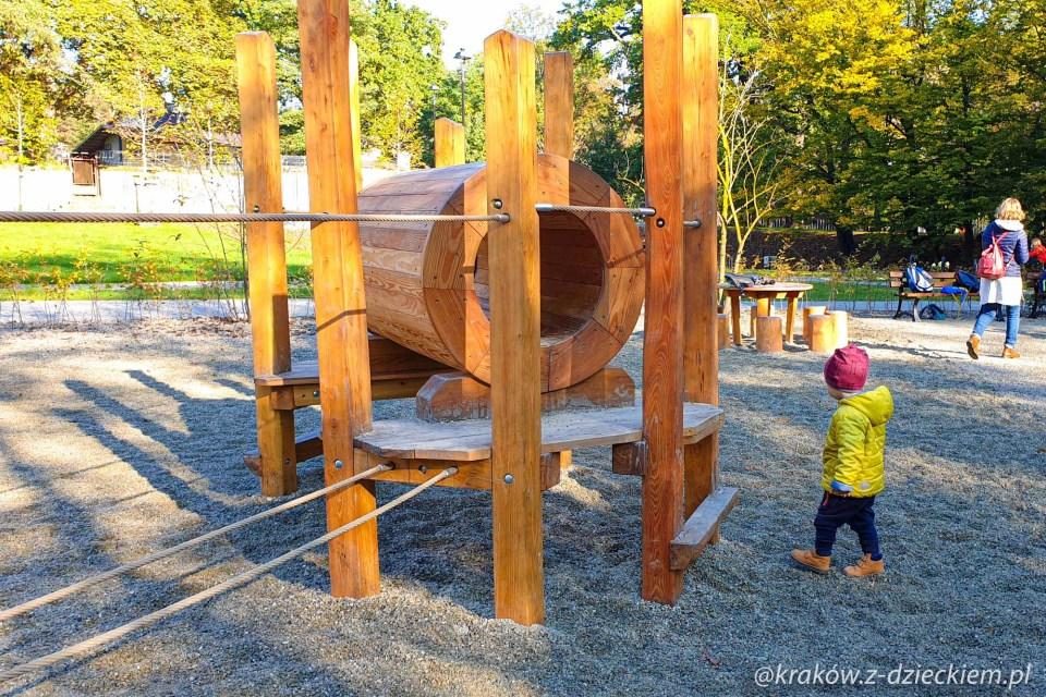 drewniane przeszkody