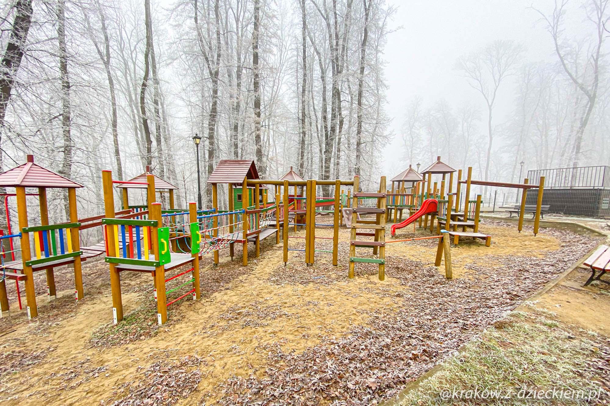 park Uzbornia, plac zabaw