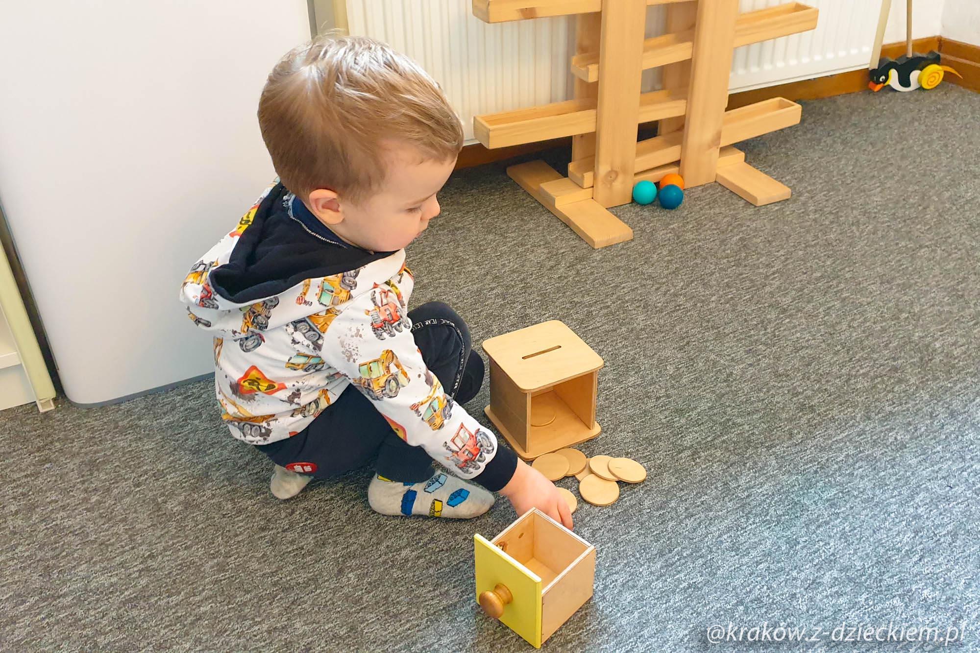 zabawki w duchu Montessori