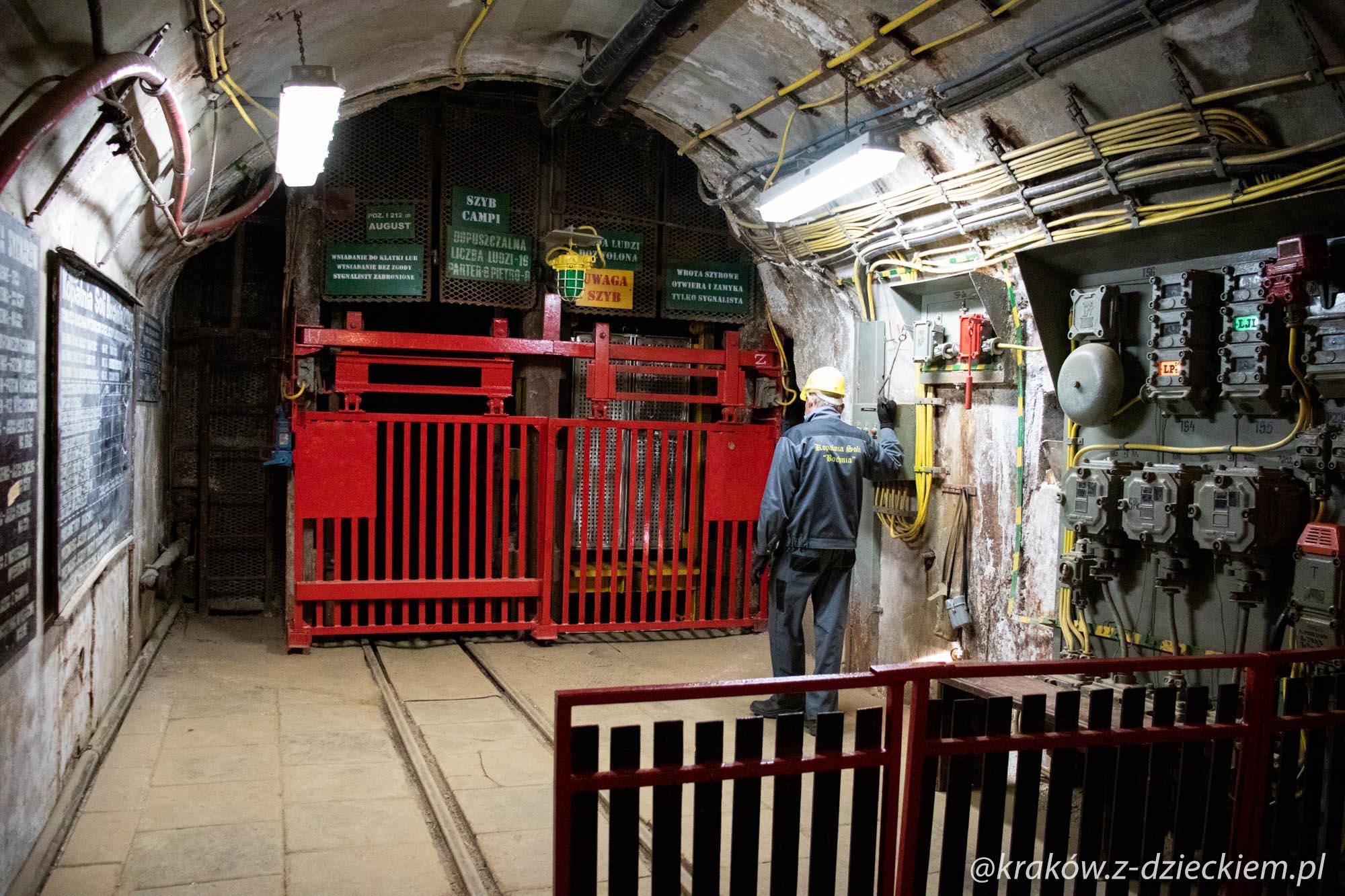 szyb w kopalni Bochnia
