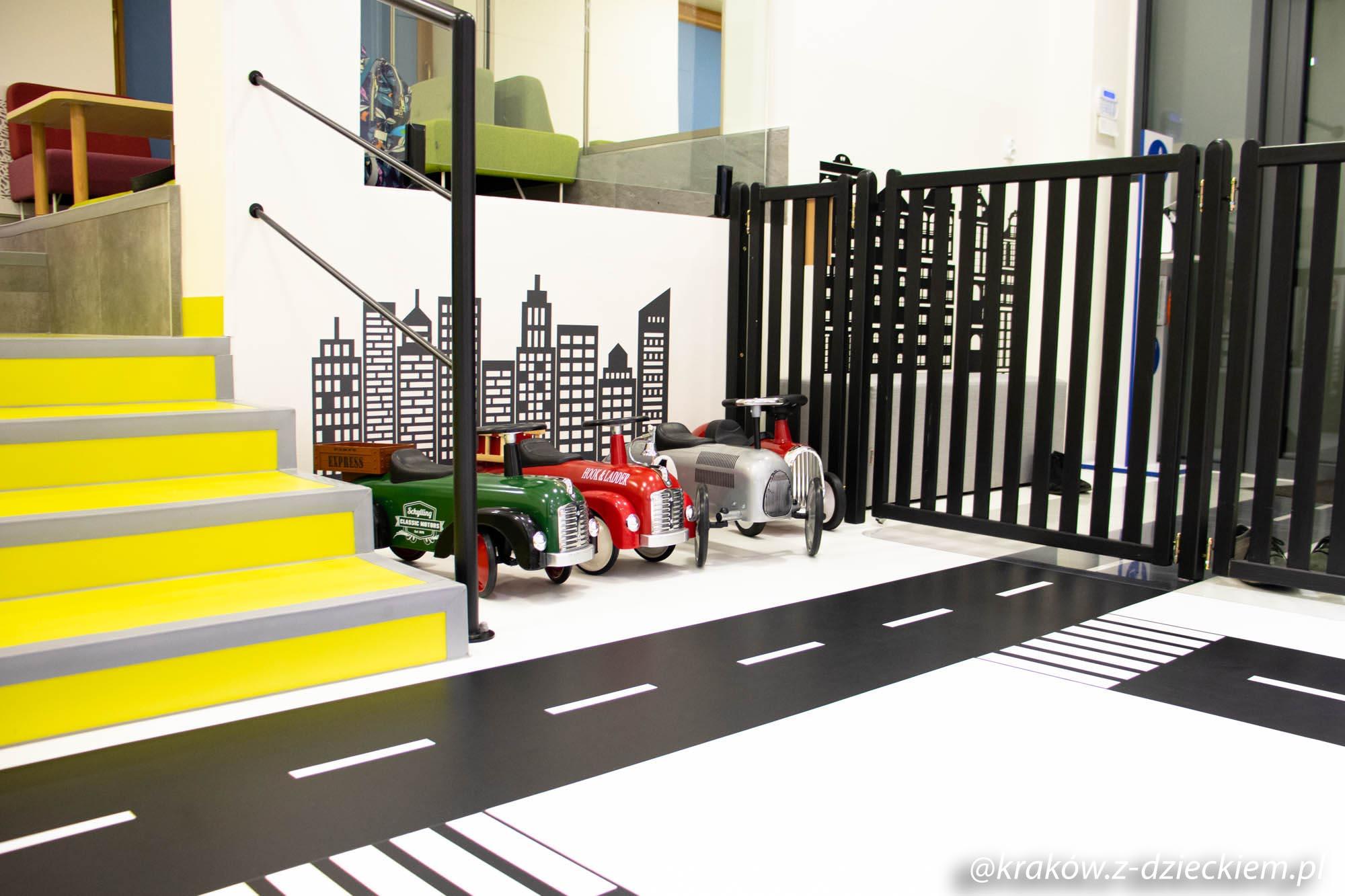 auta w bawialni