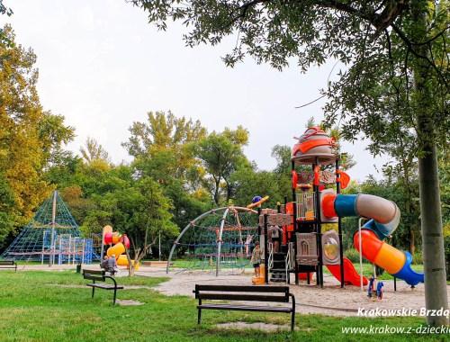 Park w Skawinie, plac zabaw