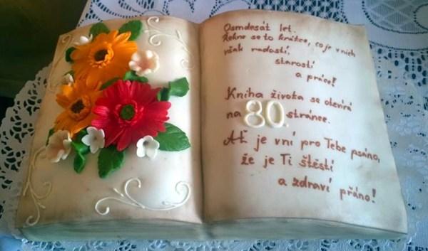 Narozeninový dort pro babičku ve tvaru knihy