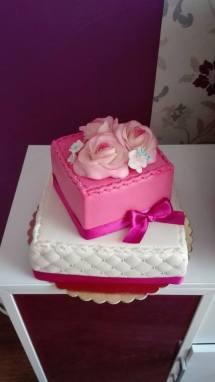 Svatební růžové kostky