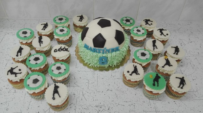 Dort a cupcake fotbalové téma