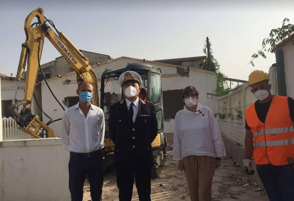 Battipaglia : Si Riaccendono le ruspe per abbattimento Abusi Villaggio IRIS