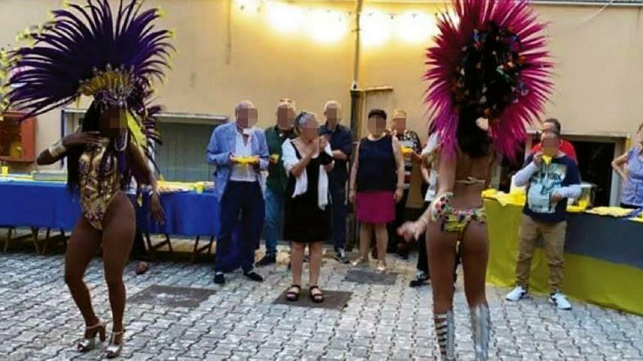 Ballerine brasiliane e gente senza mascherine: mistero sulla festa al Centro di Salute Mentale di Cava