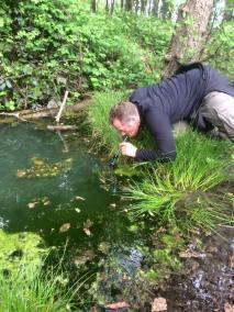 stage survie krav maga bruxelles enfants et parants kids adultes filtrage de l'eau du lac la pratique