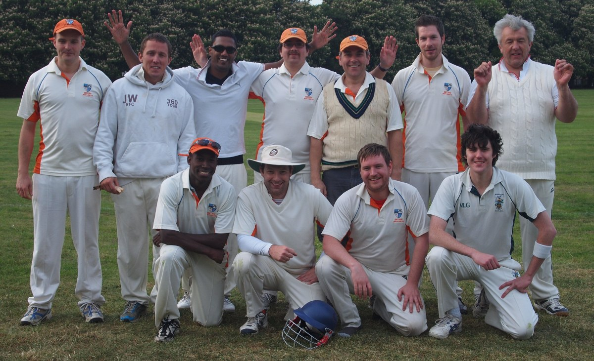 Orange caps claim last gasp win on Wandsworth Common green-top