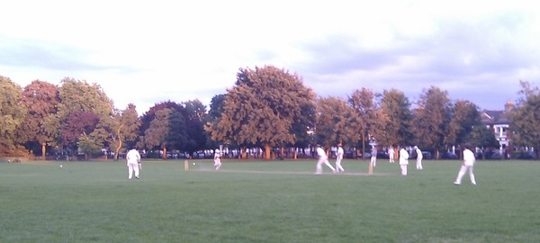 Road fall just 8 runs short against Badgers as four-match unbeaten run ends at Wandsworth Park