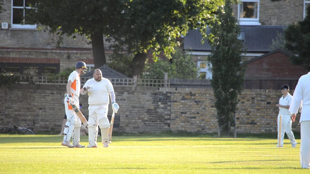 Mo near yet Mo far! Shaboodien's unbeaten 49 not enough to defeat Badgers