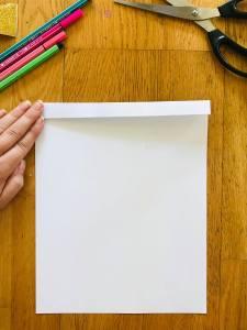 Décoration licorne en papier