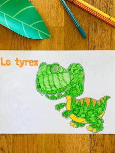 Coloriage dinosaures pour enfant