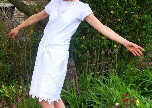 luftiges Sommerkleid NOA mit Tulpenarmen