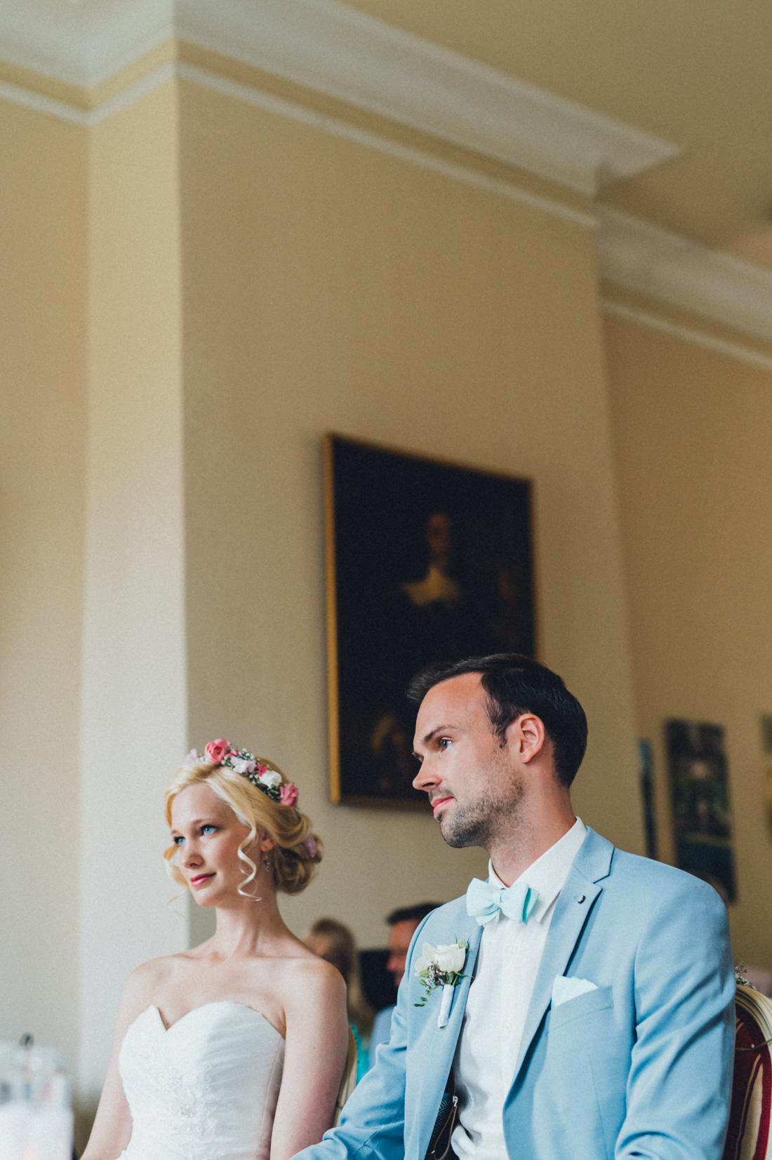 Galina  Robert DIY Pastel Vintage Hochzeit auf Schloss Hertefeld  Hochzeitsfotograf