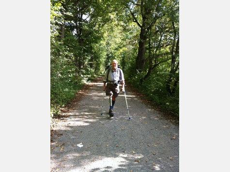 2000 Kilometer trotz Prothese – der oberschenkelamputierte Roland Zahn will mit seiner Aktion Mut machen. Fotos: kb