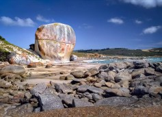 Australia - Tasmania - Flinders Island - Castle Rock