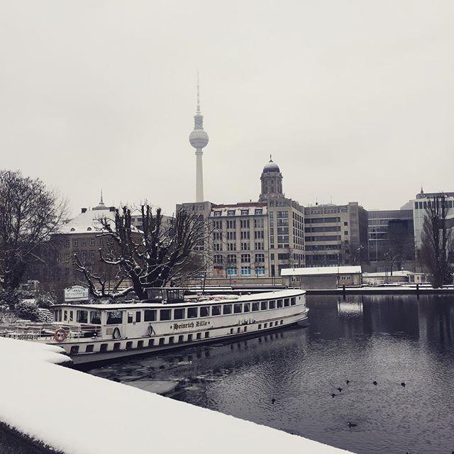 Shades of gray #berlin #newreality