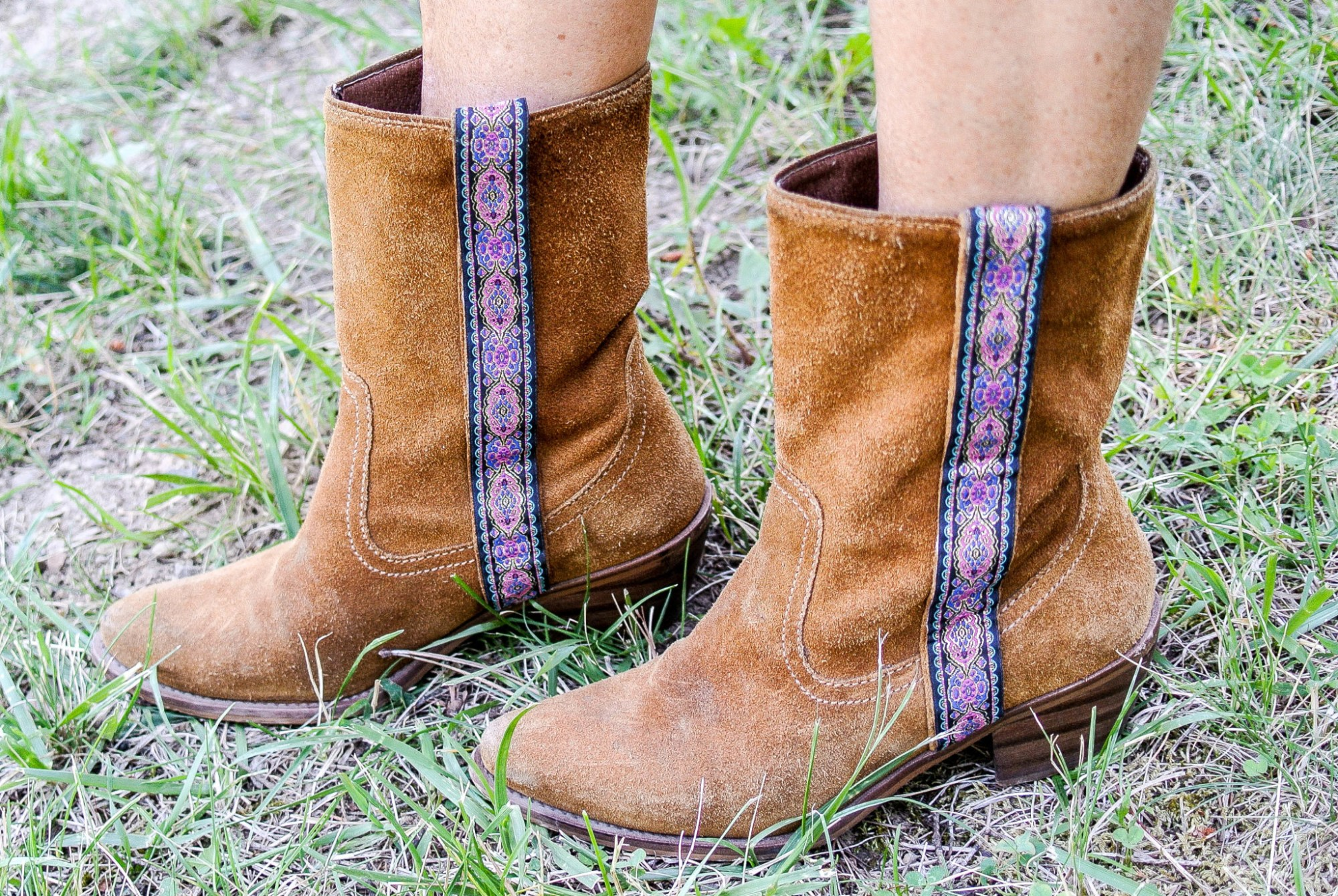 DIY Trimmed Boots 9