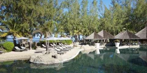 World Travel Awards 2014 : et un, et deux et trois récompenses pour le Lux* île de La Réunion !