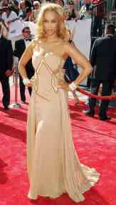yra Banks, wearing a Georges Chakra gown, at 35th Annual Daytime Emmy Awards