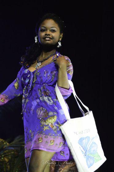 Miss Creole 04