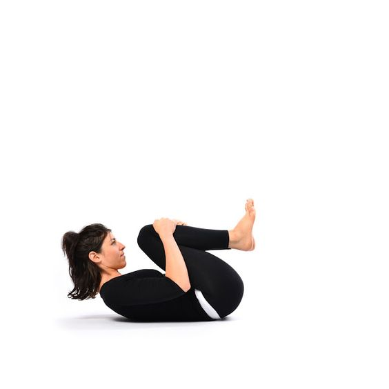 Yoga for cramps and bloating - pawanmuktasana - stomach release pose