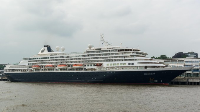 MS Prinsendam in Hamburg