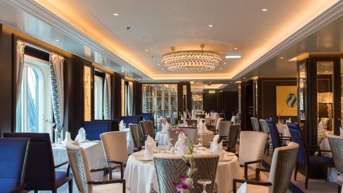 Das frisch renovierte Britannia Club Restaurant ist elegant und modern