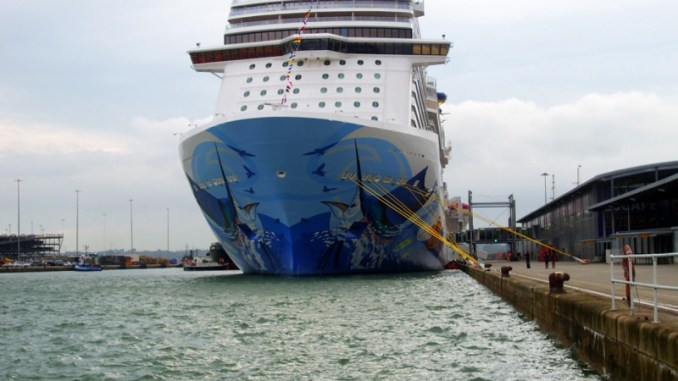 Die Norwegian Escape in Southampton. Foto: Christoph Assies