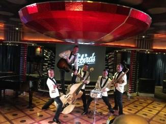 Erste Rock'n'Roll Cruise im Mittelmeer mit der Band Firebirds. Foto: Costa